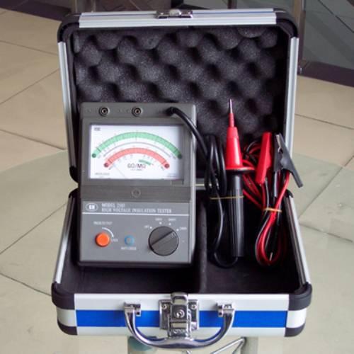绝缘电阻测试仪(兆欧表)是测量绝缘电阻的专用仪表.